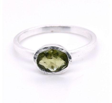 Ring Silber mit Peridot