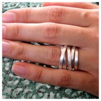 Wickelring Silber matt an der Hand