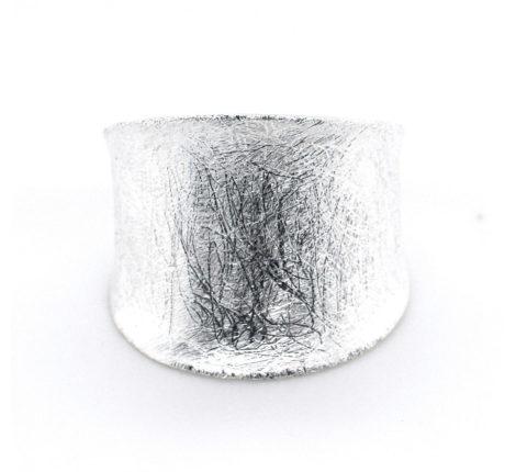Ring Silber eisgekratzt