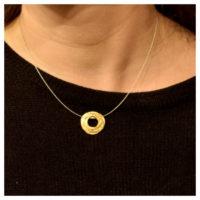 Collier vergoldet Kreis am Hals