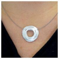 Collier Silber Kreise am Hals