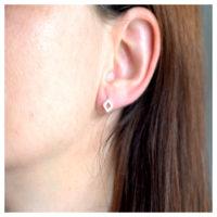 Ohrstecker Silber Quadrate am Ohr
