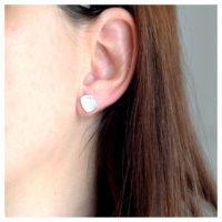 Ohrstecker Silber Vierecke am Ohr