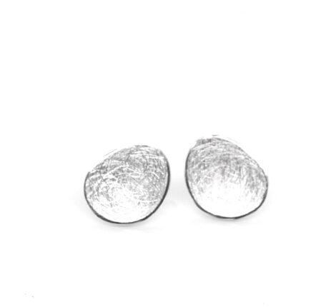 Ohrstecker Silber eisgekratzt nierenförmig